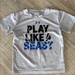 Boys Under Armour size 6 heat gear shirt